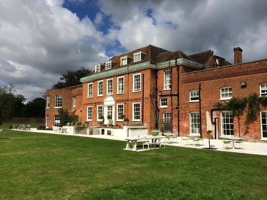 Stoke Place: Stately Home at Stoke Poges