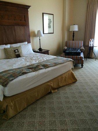 Omni Barton Creek Resort & Spa: Large rooms