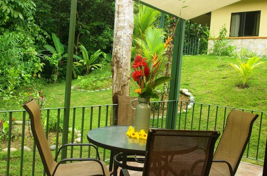 Osa Mountain Rainforest Villas & Adventures: Terrace