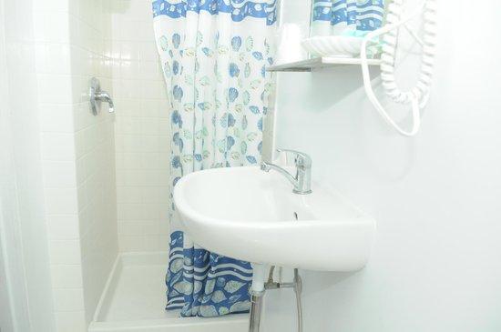 Sea Gull Motel: salle de bain
