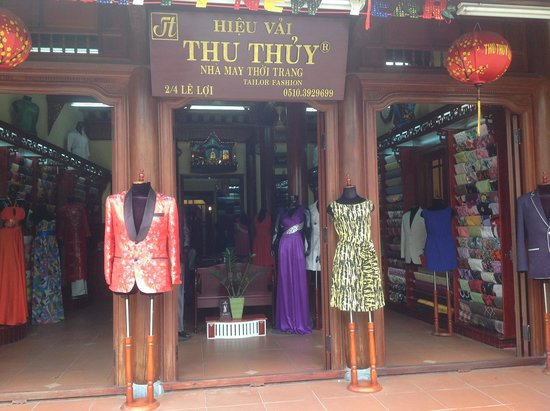 Hoi An Ancient Town: Tailor