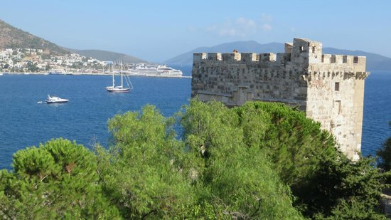 bodrum - Picture of Castle of St. Peter, Bodrum City ...