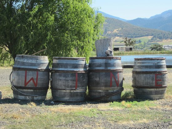 Paschal Winery: fun barrels