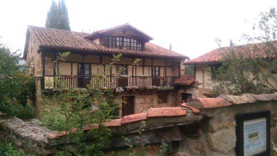 Hotel Rural La Gándara: VISTAS DE LA CASA