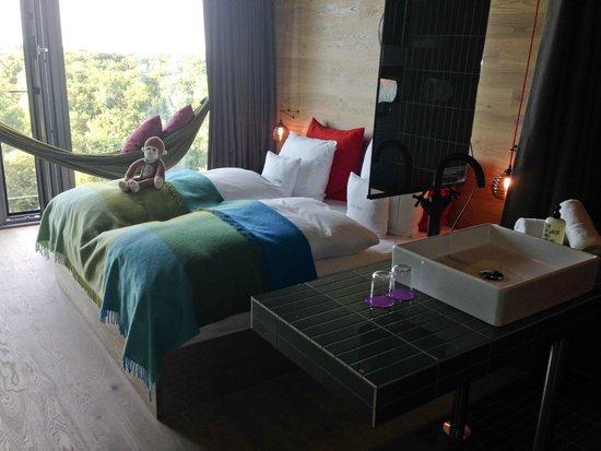 25hours Hotel Bikini Berlin: Room-View