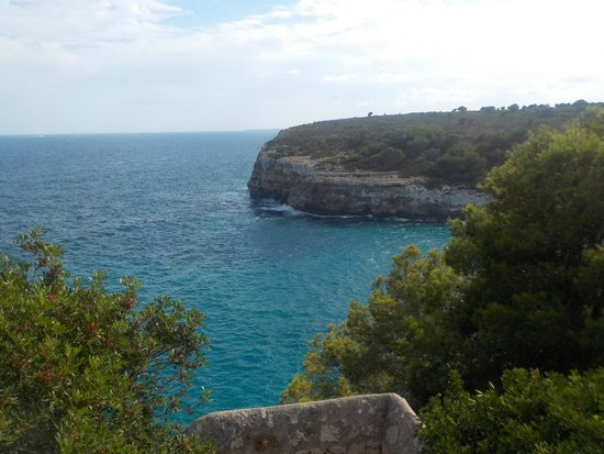 Blau Punta Reina Resort : Blick runter in die Cala Romantica