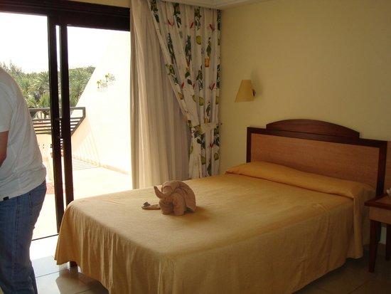 SBH Crystal Beach Hotel & Suites: Pokój