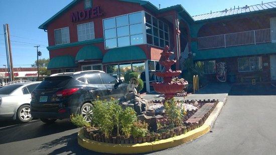 Sandia Peak Inn Motel: Lobby