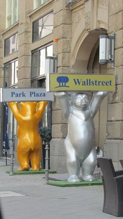 Park Plaza Wallstreet Berlin Mitte: Front of hotel