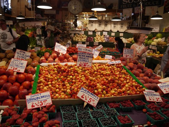Pike Place Market : 八百屋