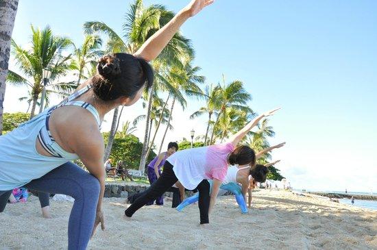 Yoga At Waikiki Beach Picture Of Yogaloha Hawaii Honolulu Tripadvisor