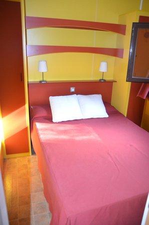 Camping Boltana : Habitación Matrimonio