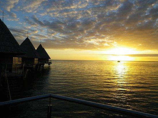 L'Escapade Island Resort: 夕日が美しい