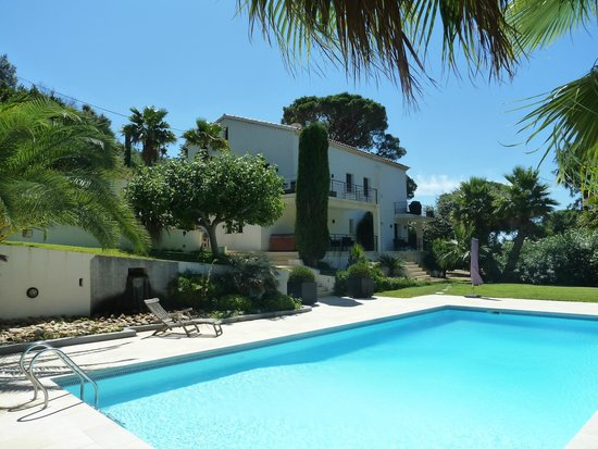 Villa Le Grand Bleu : Foto vanaf het zwembad