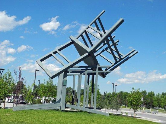 Homage sculpture