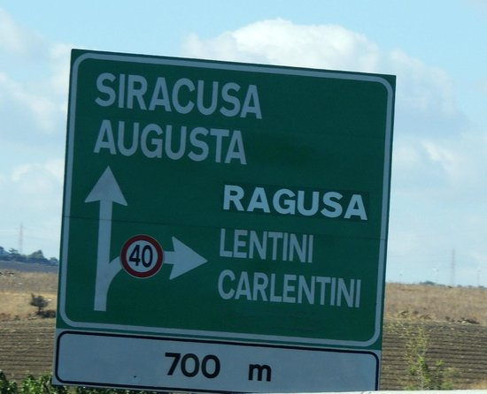 Sicily Travelnet Private Tours: On the way to Ragusa