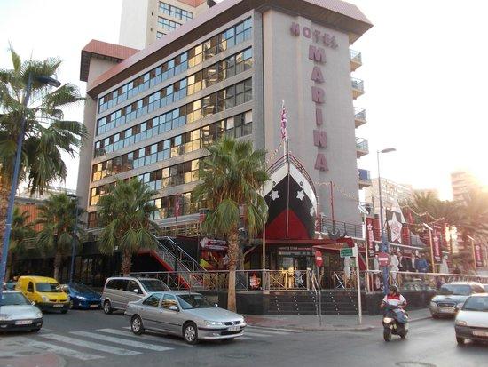 Hotel Marina Resort Benidorm: View of outside area