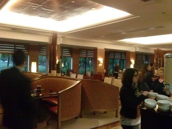 Hyatt Regency Monterey Hotel and Spa on Del Monte Golf Course: sala ristorante