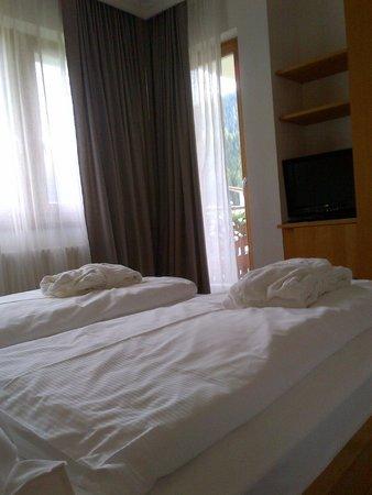 Hotel La Majun: Suite superior: camera da letto