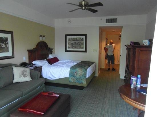 Studio Room Picture Of Disney S Saratoga Springs Resort