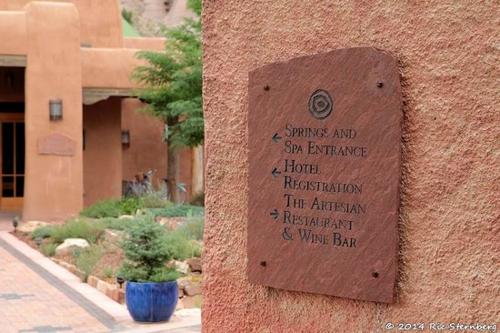 Ojo Caliente Mineral Springs Resort and Spa: The sign