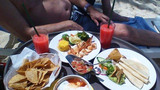 Nachi Cocom Beach Club & Water Sport Center : Incredible food!