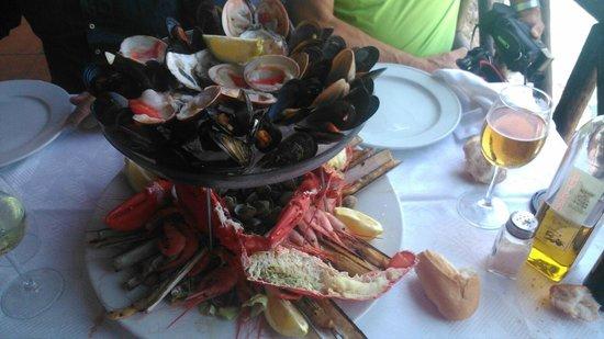Restaurante El Penon : mariscada de 10!!!