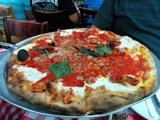 Grimaldi's Pizzeria: Sausage and Peperoni  with extra sauce