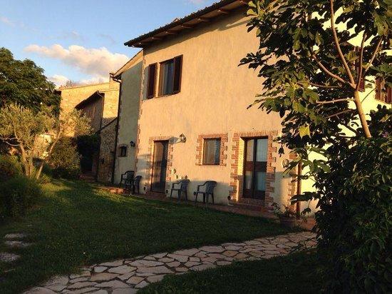 Borgo Montauto: L'agriturismo..