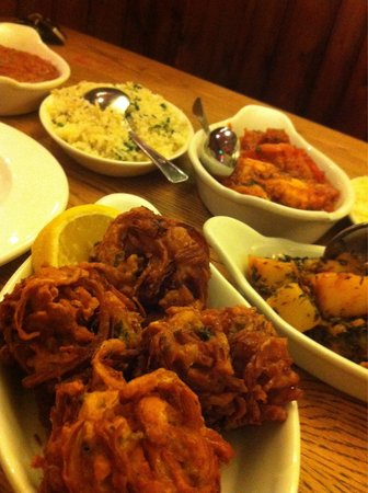 The Rose Inn & Delhi Spice: Onion Bahji - super extra great taste! I never thought I will ever eat onion wit so much pleasu