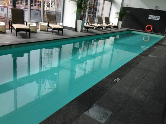 Fraser Suites Perth: Pool