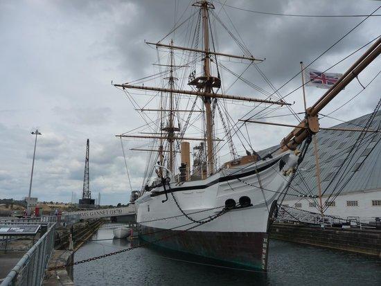 The Historic Dockyard Chatham: Set Sail me harties
