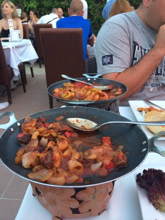 Cettia Apart Hotel: Ottoman chicken and beef, amazing!