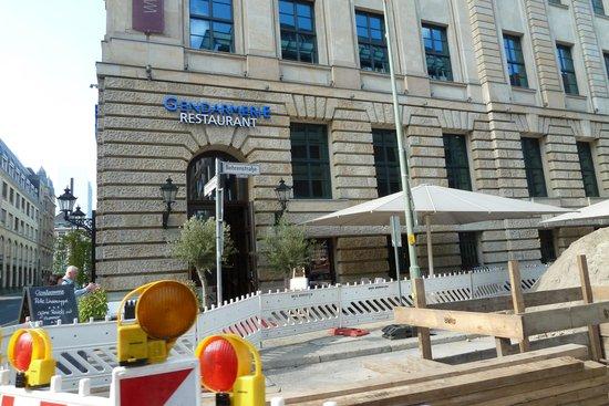 Gendarmerie: Hinter einer der vielen Baustellen