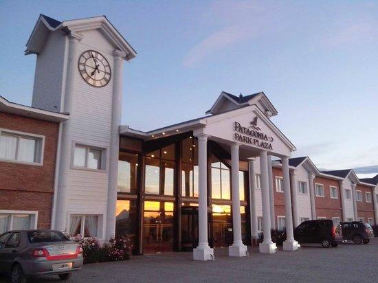 Unique Luxury Patagonia: Frente del hotel