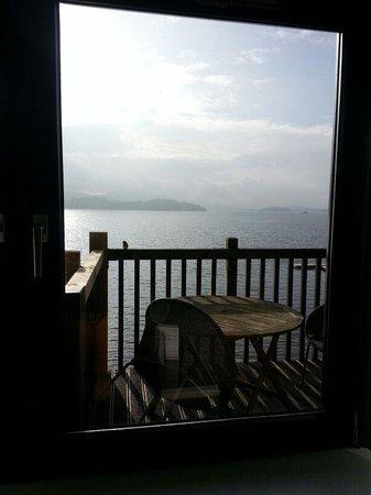 Duck Bay Hotel & Marina : Balcony from inside room
