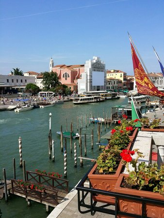 Hotel Carlton on the Grand Canal: Room View