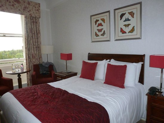 Warner Leisure Hotels Nidd Hall Hotel: Our Bedroom