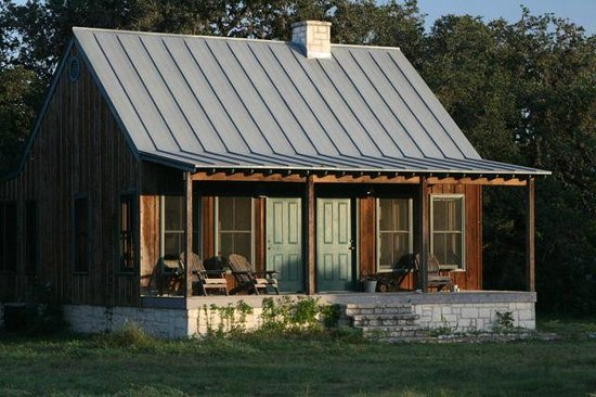 """Hill Country Equestrian Lodge : Cabin """"The Windmill"""""""