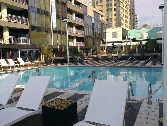 Radisson Admiral Toronto Harbourfront : Pool