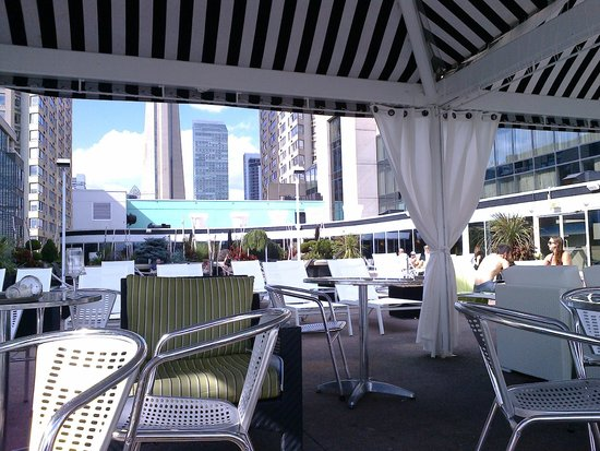 Radisson Admiral Toronto Harbourfront : Terrace