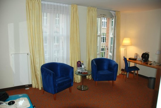 Mercure Hotel & Residenz Berlin Checkpoint Charlie: Sitting area