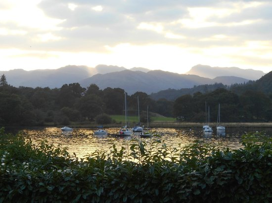 YHA Ambleside: Sunset from Ambleside Youth Hostel