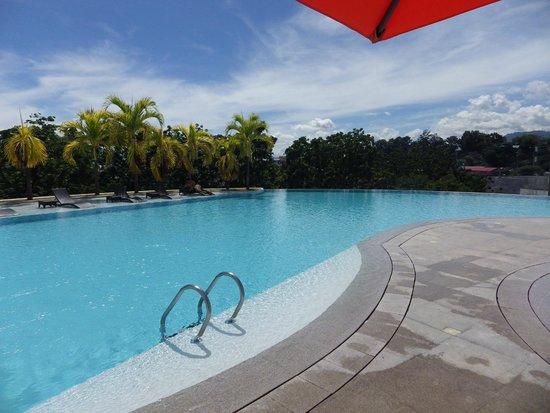 Infinity Pool Picture Of Limketkai Luxe Hotel Cagayan De Oro Tripadvisor