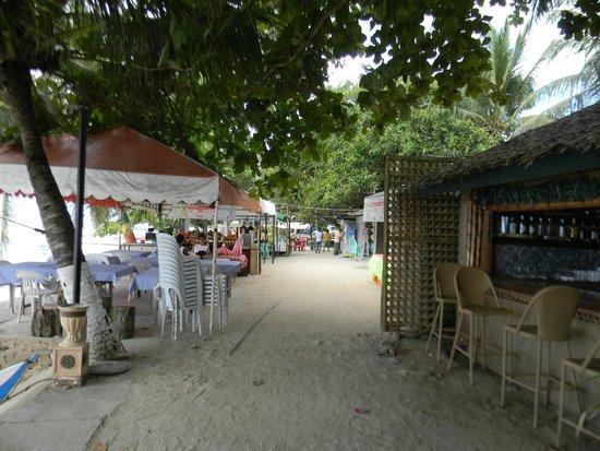 Alona Vida Beach Resort: Возле отеля
