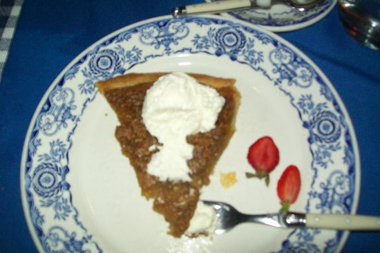 Aux Anciens Canadiens : Maple syrup pie