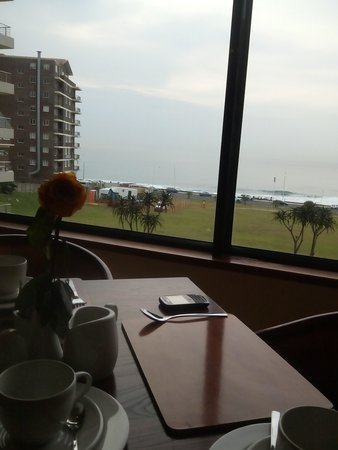 Premier Hotel EL ICC: View from dining room