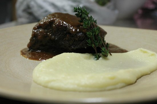 The Press Room Wine Bar: Slow Braised Beef Cheeks with Oloroso Sherry & Parsnip/Potato Puree