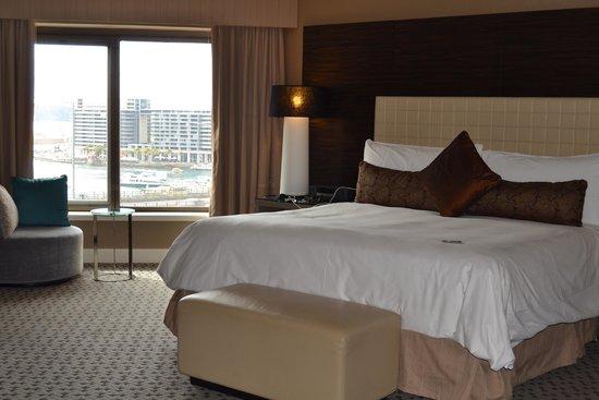 Four Seasons Hotel Sydney: Room