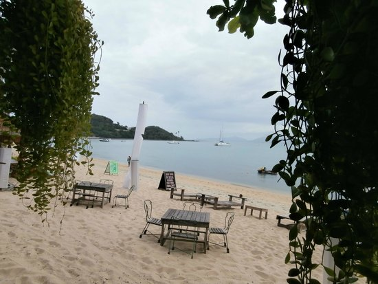 Samui Palm Beach Resort & Hotel : just down the beach